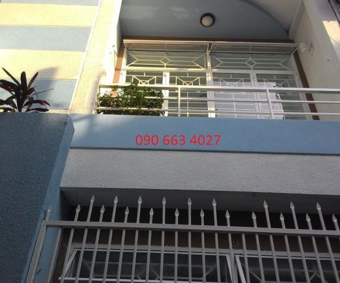 Nhà 2MT HXH Nguyễn Trãi, văn phòng KD vượng phát