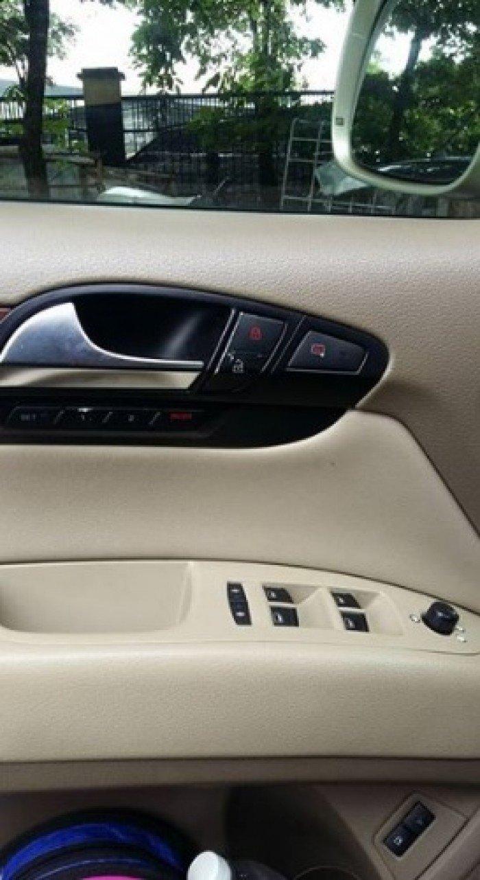 Cần bán xe Audi Q7 2008 màu vàng cát số tự động 4.2L