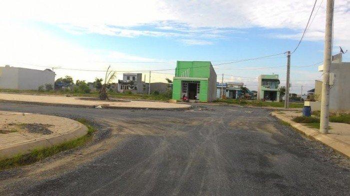 Cần tiền để kinh doanh bán gấp lô đất nằm trên đường Phạm Văn Sáng