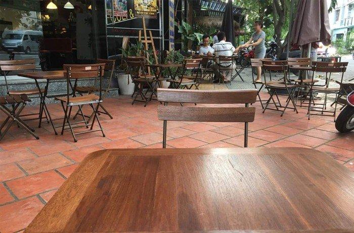 Bộ bàn ghế xếp quán cafe sân vườn. Liên hệ: 0906843059 Lê Hoàng (24/24)0