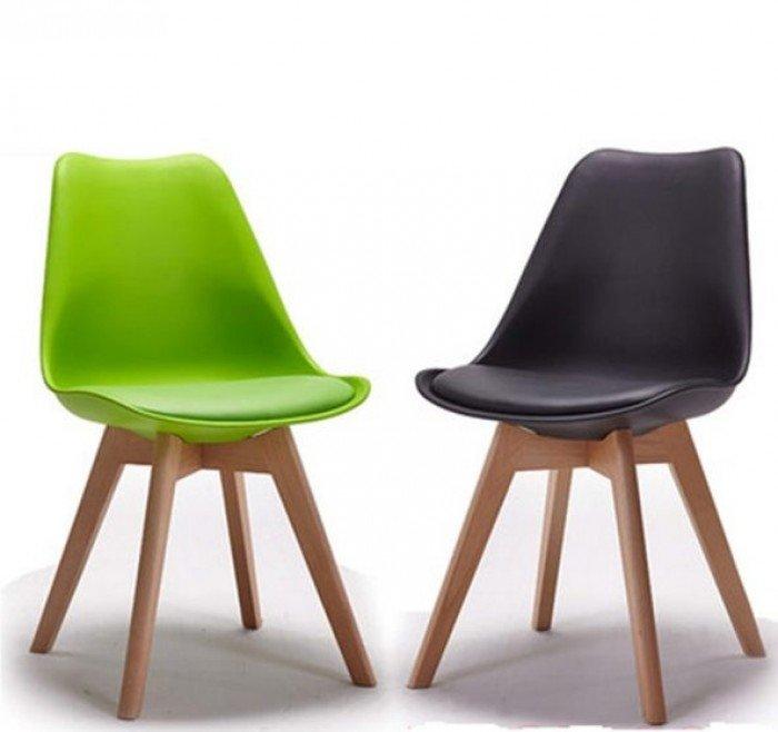 Ghế nhựa chân gỗ bọc nệm nhập khẩu. Liên hệ: 0906843059 Lê Hoàng (24/24)0