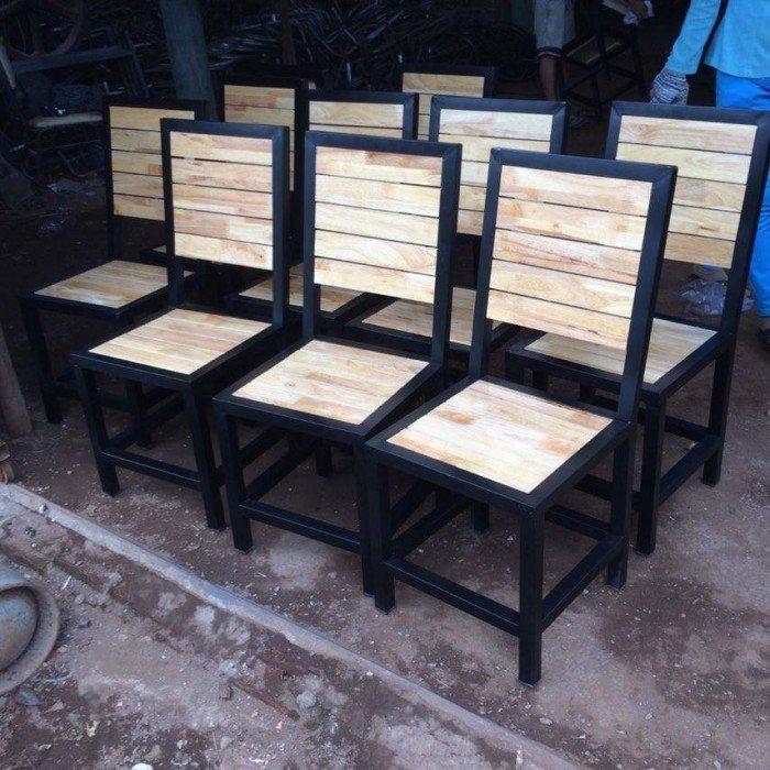 Ghế gỗ cafe, quán ăn giá rẻ. Liên hệ: 0906843059 Lê Hoàng (24/24)0