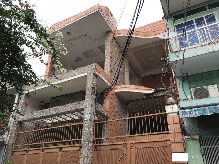 Nhà 2 MT Nguyễn Cửu Vân. 7x15.