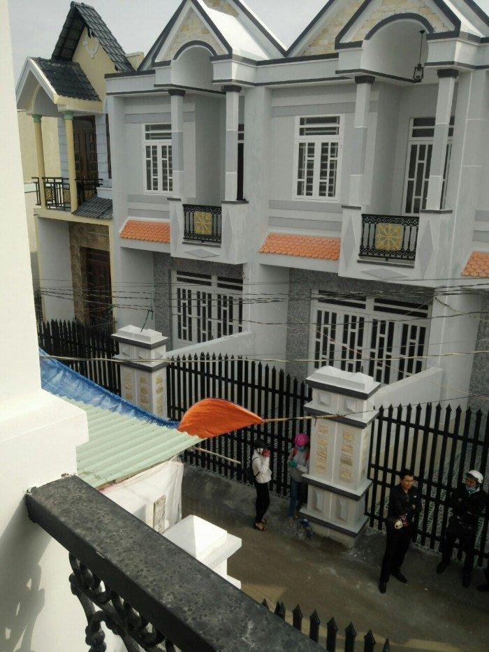 Bán nhà 1 lầu mới, đường Bờ Nhà Thờ, Bình Chánh