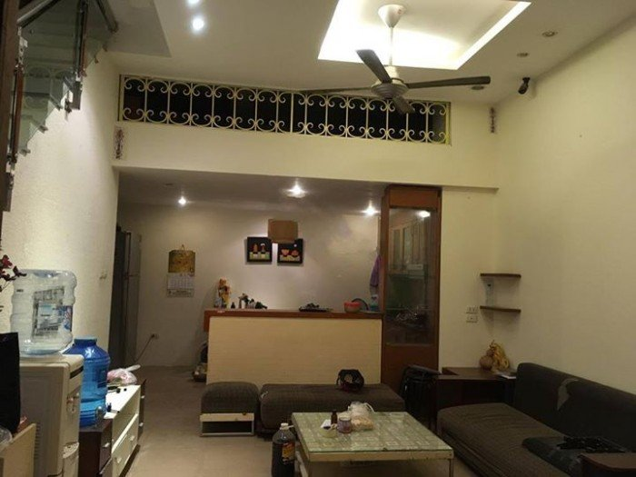 Cho thuê nhà riêng tại Nguyễn Lương Bằng - Hoàng Cầu.