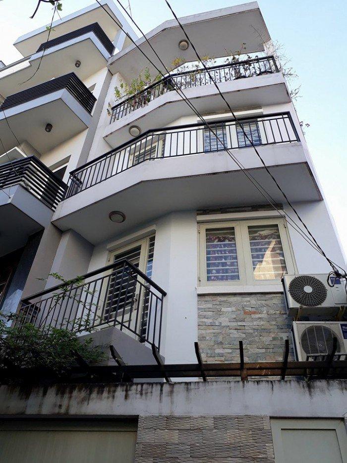 Nhà Nơ Trang Long, ô tô đỗ cửa, ngang 4.3m, nở hậu
