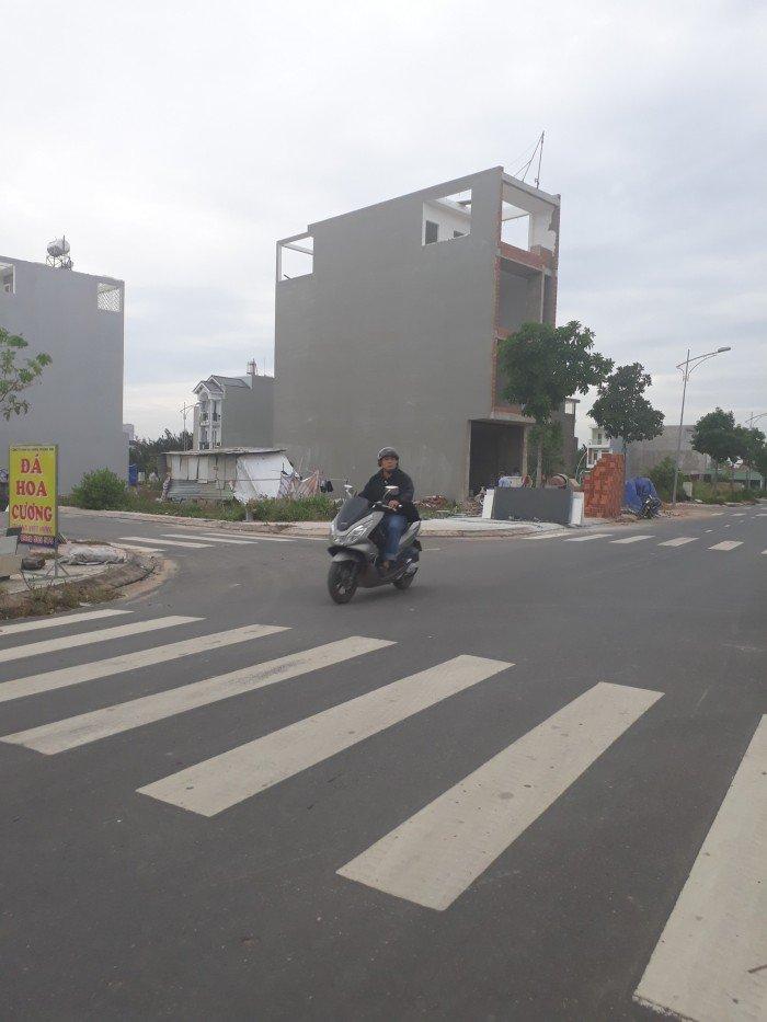 Đất nền Nam Khang bao đẹp, không vướn gì, đường 16m, hạ tầng hoàn thiện, điện âm, XD tự do