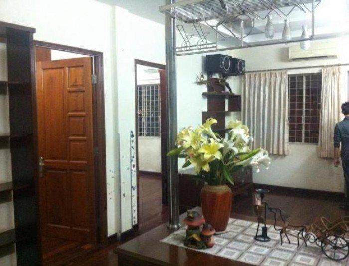 Cần bán CHCC 155 Nguyễn Chí Thanh,  Quận  5