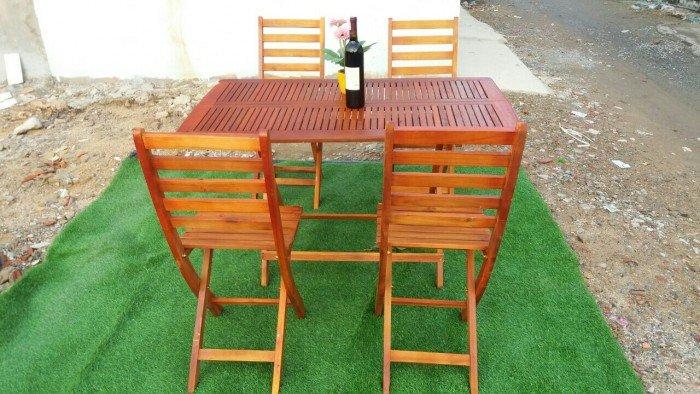 Công ty cung cấp bàn ghế gỗ xếp kinh doanh cafe. Liên hệ: 0906843059 Lê Hoàng (24/24)1