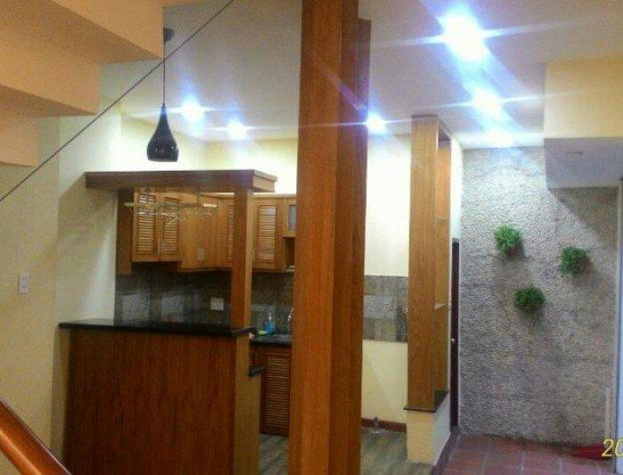 Bán nhà hxh Cách Mạng Tháng Tám, Q10. Dt: 7x18m, trệt, lửng, 3 lầu