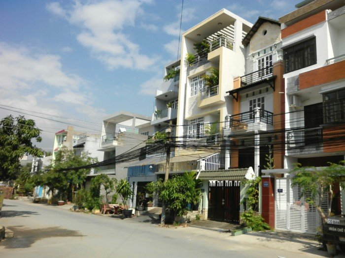 Đất nền xây biệt thự vila ,nhà phố siêu đẹp,KDC trí thức, cách qlo 13 300m