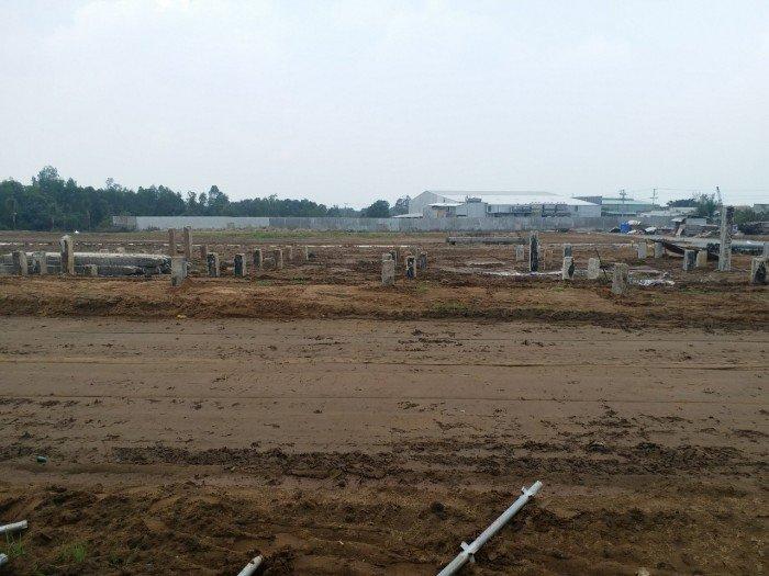 Cần bán 100m2 đất thổ cư ngay đường Thanh Niên, Hóc Môn, shr, bao sang tên