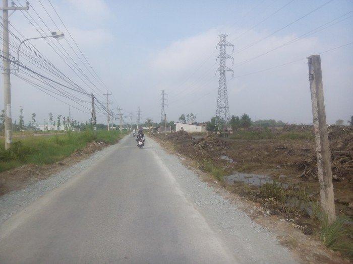 Đất thổ cư đoạn giữa Nguyễn Van Tạo và Lê Văn Lương 90m2 đường nhựa