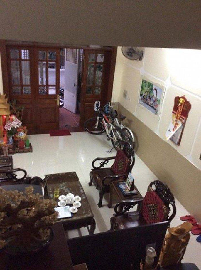 Bán nhà đẹp phân lô 5 tầng phố Nguyễn Lương Bằng