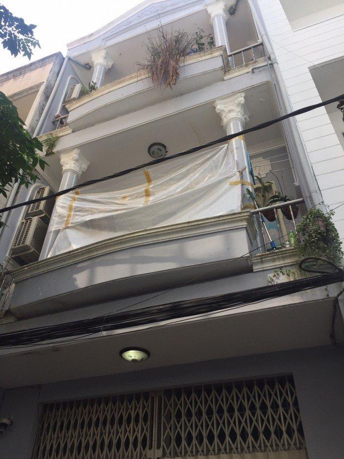Bán gấp  nhà HXH đường Lạc Long Quân, Tân Bình, 68m.