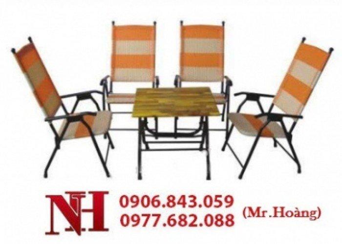 Thanh lý nhiều bộ bàn ghế nhựa giả mây. Liên hệ: 0906843059 Lê Hoàng (24/24)0