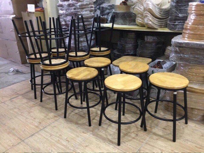 Ghế tròn, không lưng tựa cho quán ăn, quán bar