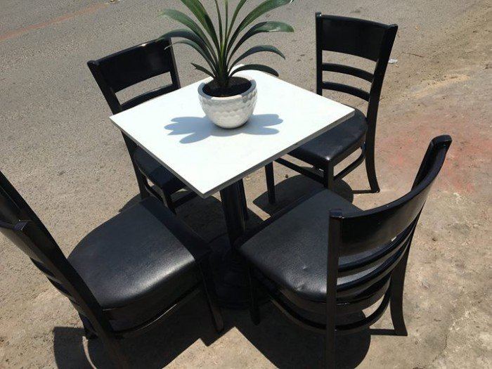 Bộ bàn ghế gỗ cafe cabin Liên hệ: 0906843059 Lê Hoàng (24/24)0