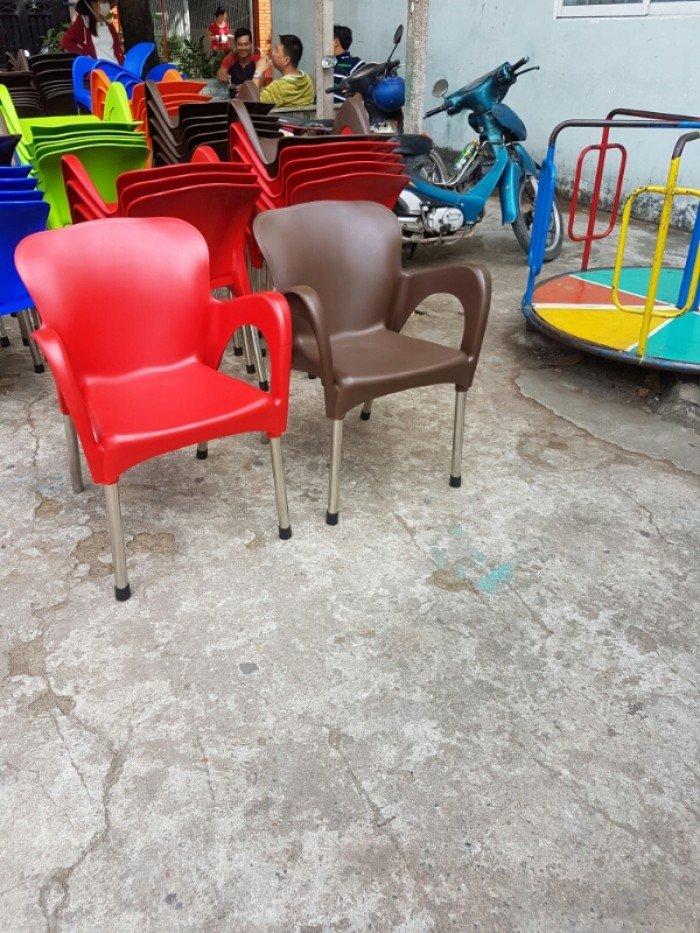Thanh lý lô ghế nhựa đúc, chân inox cho kinh doanh quán cafe