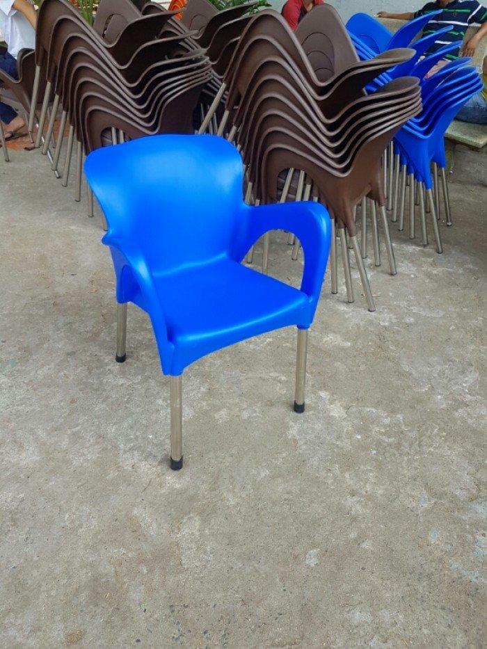 Thanh lý lô ghế nhựa nữ hoàng, nhiều màu sắc cho kinh doanh mở quán cafe0