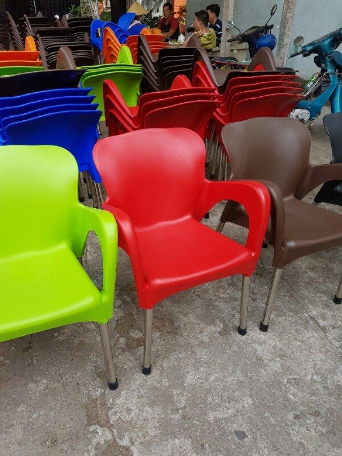 Thanh lý lô ghế nhựa nữ hoàng, nhiều màu sắc cho kinh doanh mở quán cafe2