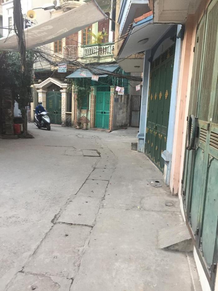 Bán căn nhà Ngõ Trại Cá, Trương Định, 30m, mặt tiền 3,6m,4 tầng