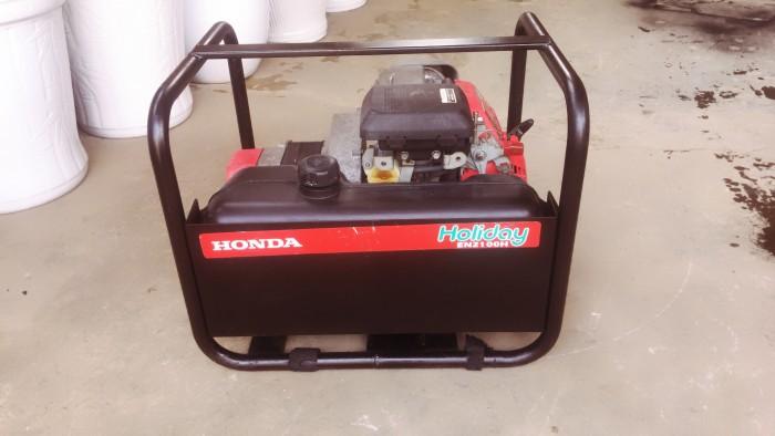 Máy phát điện Nhật nội địa Honda holiday-EN2100H 220v/1,8kva/50hz  Độc lạ,siêu bền,tiết kiệm nhiên liệu.