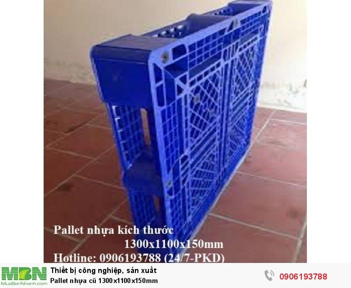 Pallet nhựa cũ 1300x1100x150mm ngoài ra còn nhiều loại pallet nhựa cũ đủ mọi kích thước Liên hệ 0906193788 (24/24)