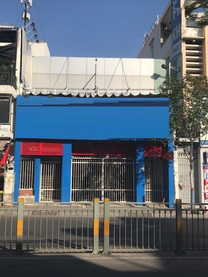 Cho thuê nhà nở hậu MT Lũy Bán BÍch, p. Hòa Thạnh, Tân Phú dt 450m2