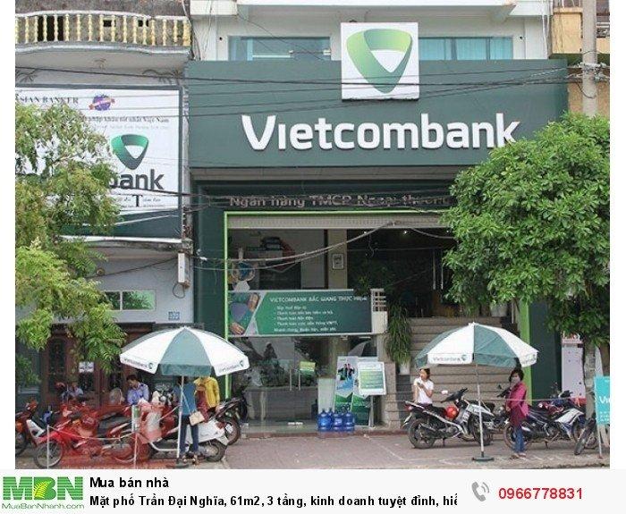 Mặt phố Trần Đại Nghĩa, 61m2, 3 tầng, kinh doanh tuyệt đỉnh, hiếm có bán!