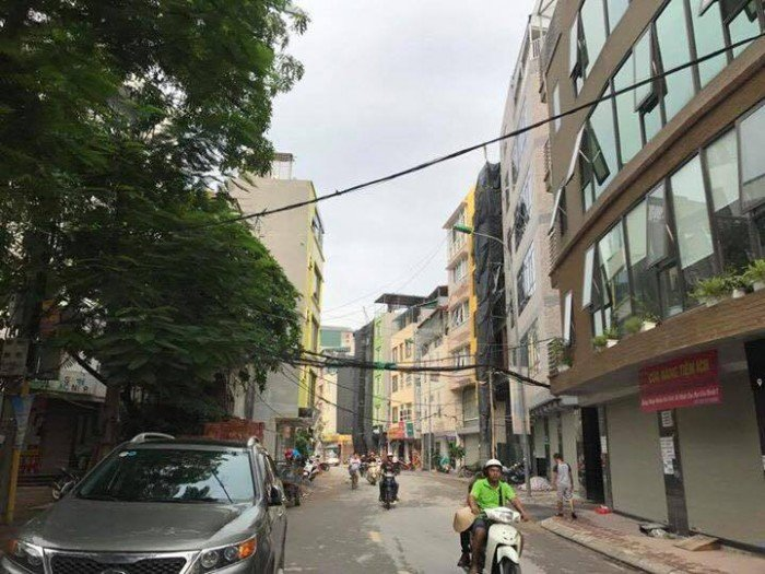 Bán nhà mặt Phố Trần Quốc Hoàn 7 tầng thang máy vị trí Đỉnh