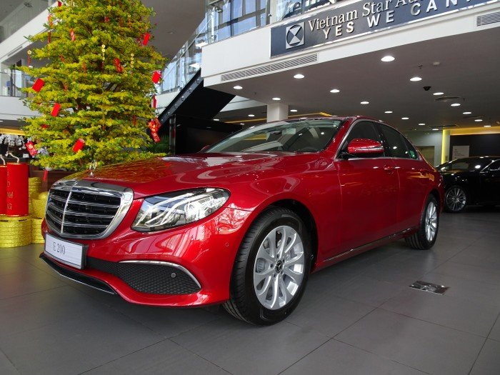 2018 Mercedes-Benz E200 New Colour / Red Hyacinth