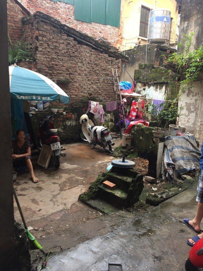 Bán đất trong ngõ Tô Hoàng, Cầu Dền, Hai Bà Trưng 24m2 x4,3m mặt tiền