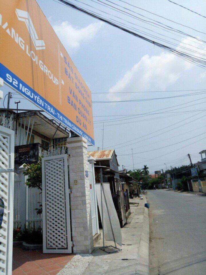 Sốc! Bán đất ngay trung tâm thị trấn Cần Đước, mặt tiền kinh doanh, CK cao đến 8%, SHR.