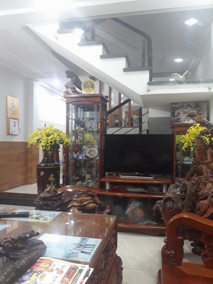 Bán nhà 2 tấm đ.Nguyễn Cư Trinh, Quận 1,70m2