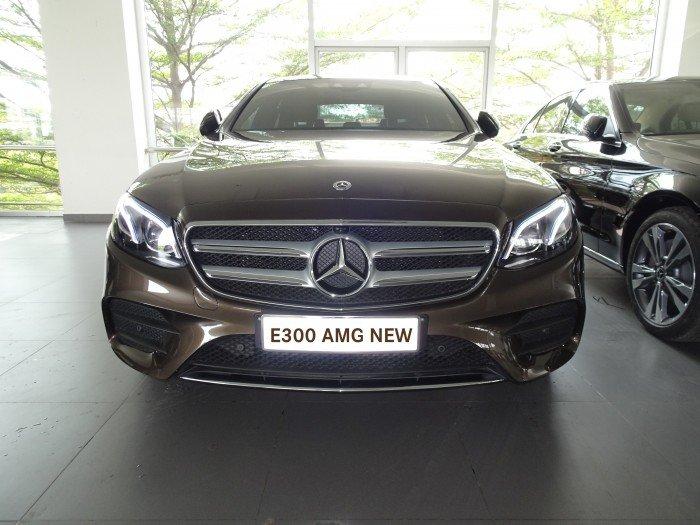 Mercedes-Benz E300 Số tự động Động cơ Xăng