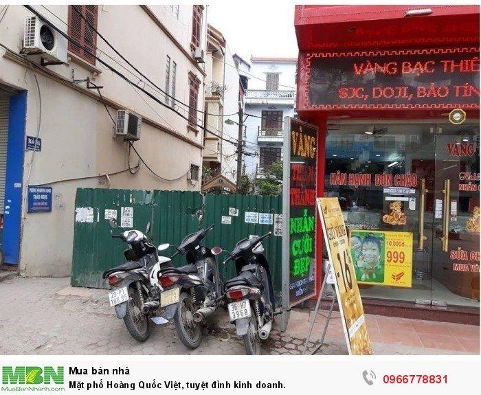 Mặt phố Hoàng Quốc Việt, tuyệt đỉnh kinh doanh.