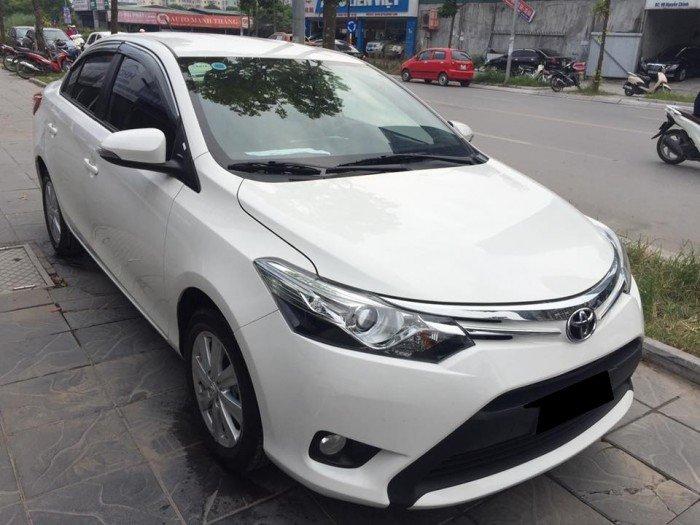 Cần bán xe Toyota Vios 2017 màu trắng bản G full