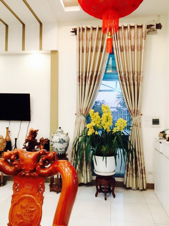 Biệt Thự 300m2 sát bên Công Ty Pouchen | Hoàng Phạm