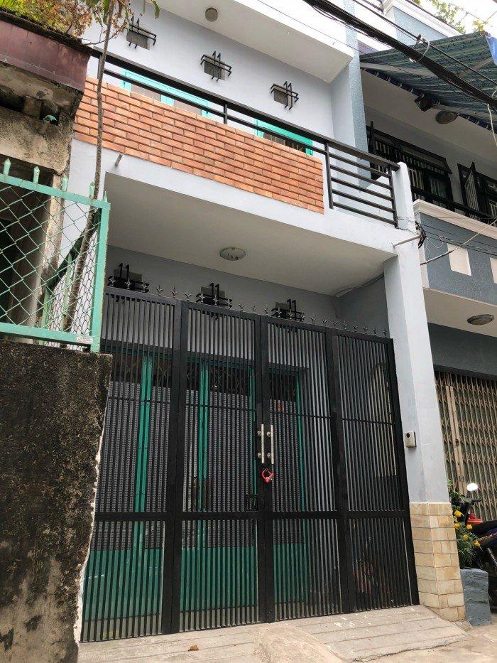 Bán nhà hẻm 6m Lạc Long Quân, Dt 4.2*16.8m