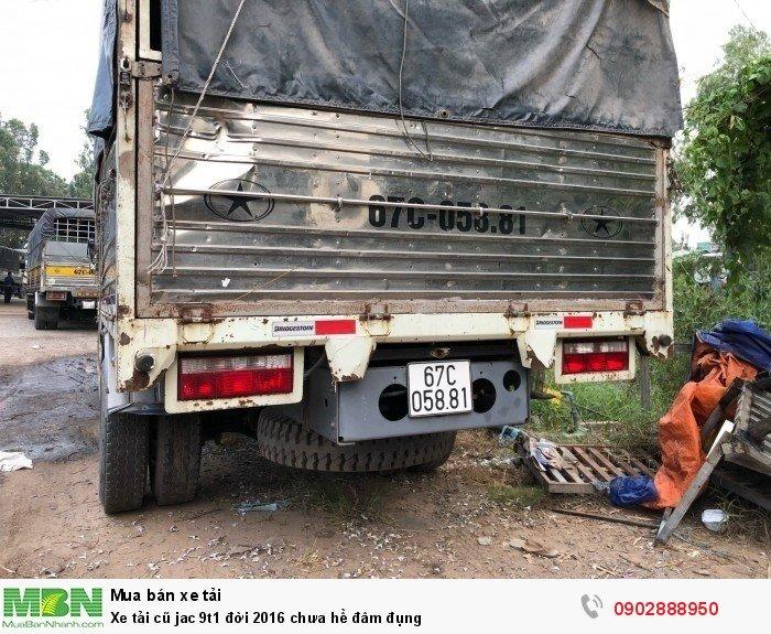 Xe tải cũ jac 9t1 đời 2016 chưa hề đâm đụng 4