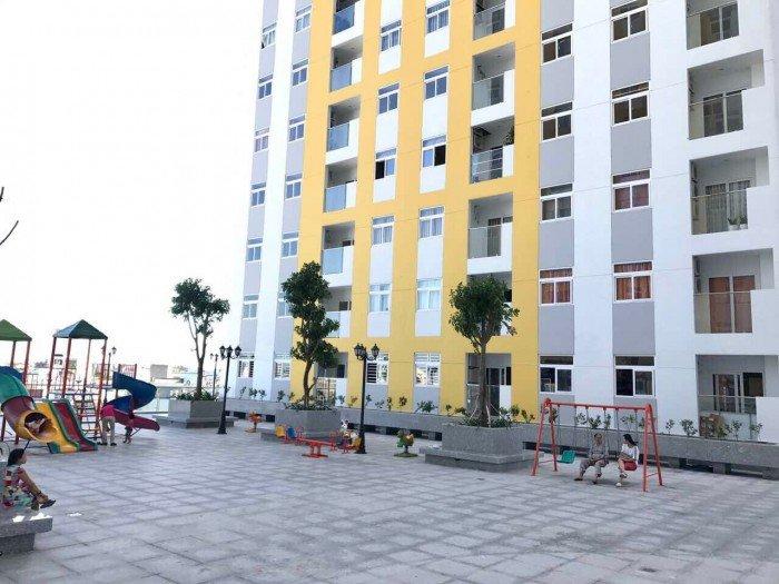Bán gấp căn hộ cao cấp City Gate Towers 2 phòng ngủ 1,7 tỷ view hồ bơi