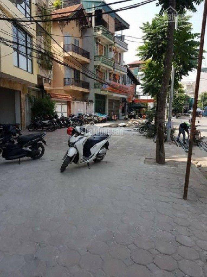Bán nhà Mặt phố Trung tâm Ba Đình. MT 5,3m.