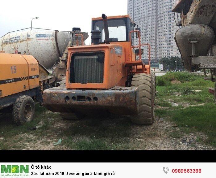 Xúc lật năm 2010 Doosan gầu 3 khối giá rẻ