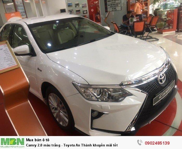 Camry 2.0 màu trắng - Toyota An Thành khuyến mãi tốt
