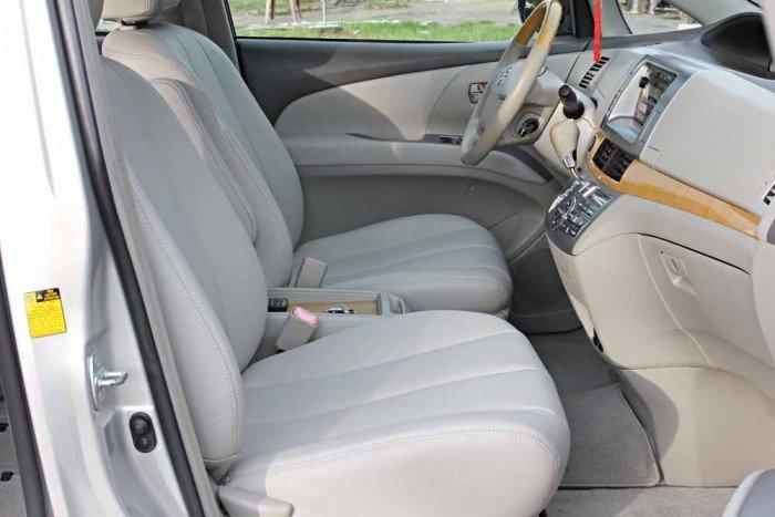 Toyota Previa GL 2.4L model 2008 1