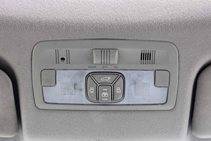 Toyota Previa GL 2.4L model 2008 2