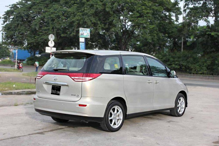 Toyota Previa GL 2.4L model 2008 4