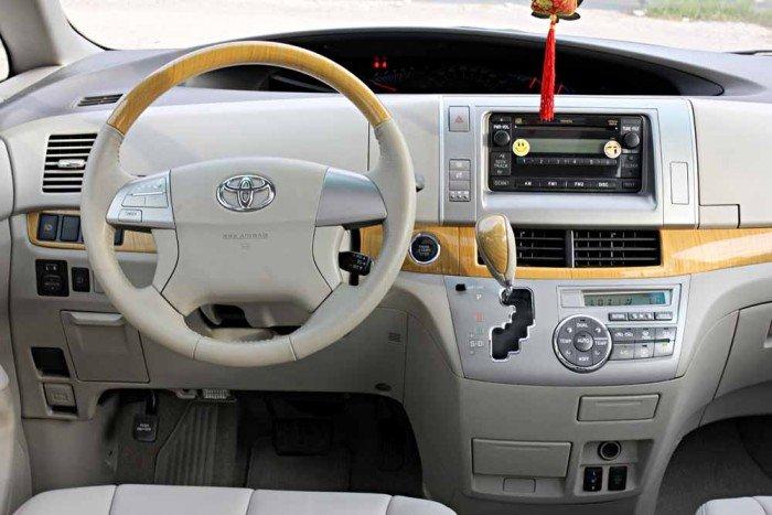 Toyota Previa GL 2.4L model 2008 22