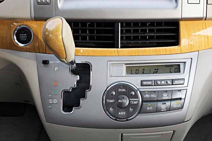 Toyota Previa GL 2.4L model 2008 15